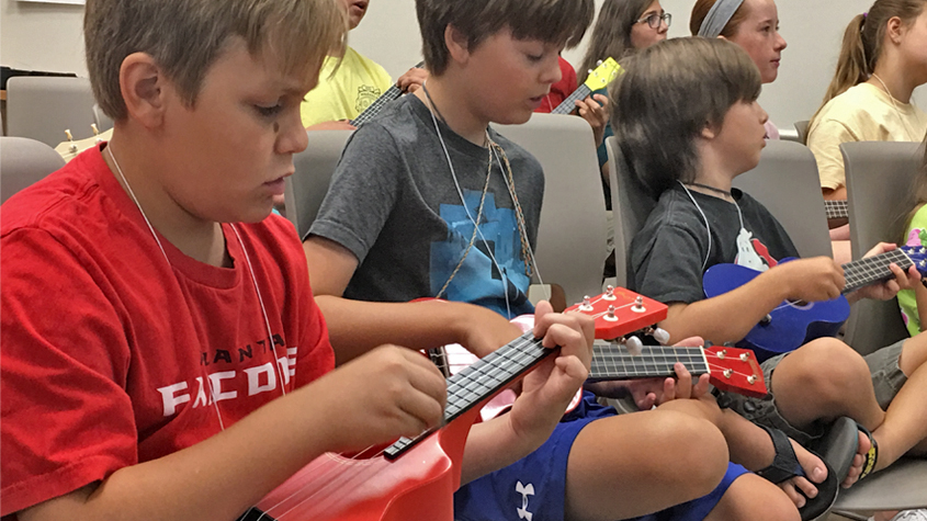 kids on ukuleles